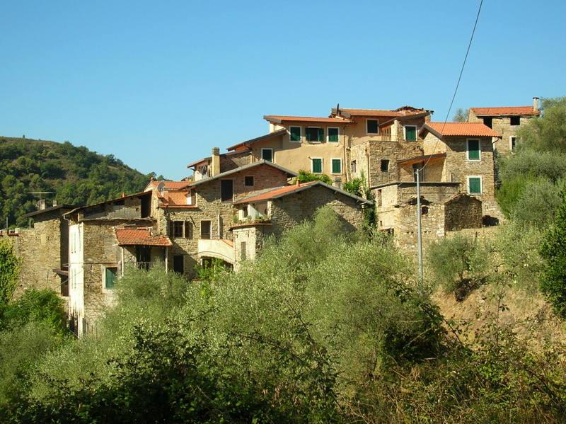 BALLOI  frazione Camporosso
